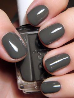 Nails 3.